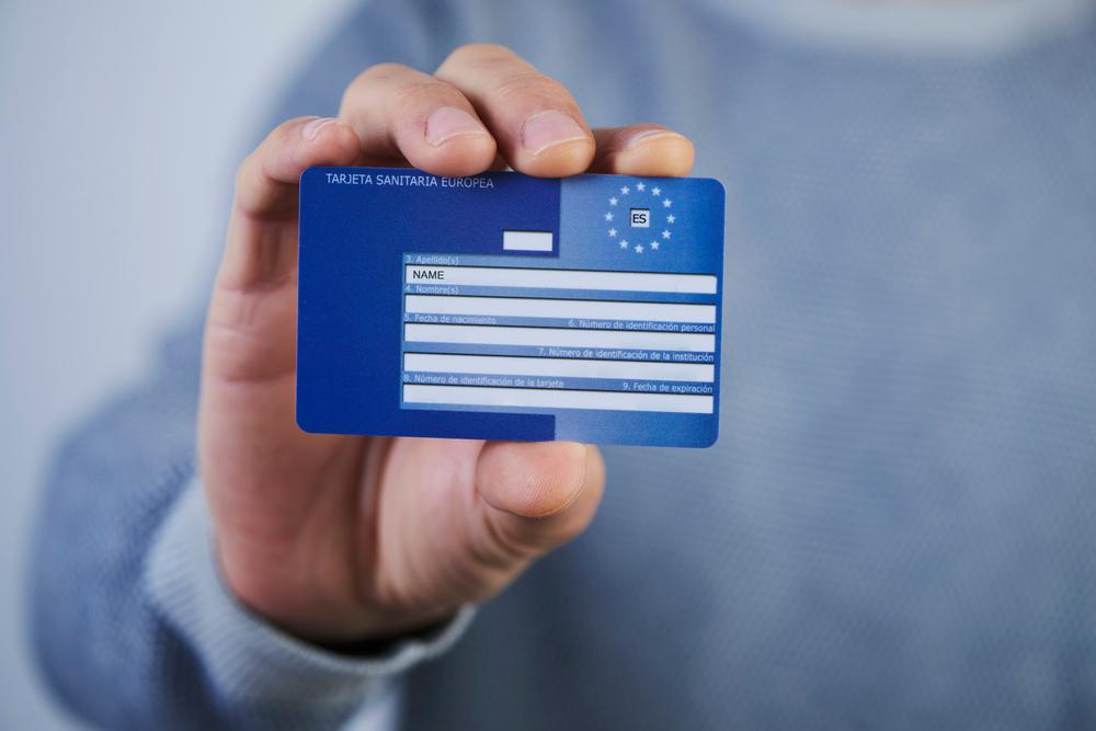 Evropska kartica zdravstvenega zavarovanja nam omogoča enostavno in hitro koriščenje nujnih zdravstvenih storitev.