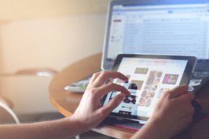 Veliko ljudi se v nekem trenutku odloči kupiti nekaj preko spleta.