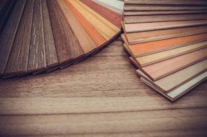 Barvna paleta različnih vrst laminatov.