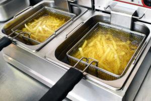 Cvrenje krompirja v fritezi